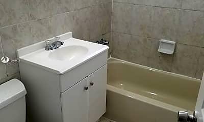 Bathroom, 5600 NW 7th Ct 6, 1