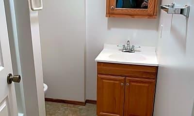 Bathroom, 456 High St, 2