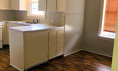 Kitchen, 1106 Arkansas Rd, 1
