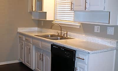 Kitchen, 825 Norwood Dr, 0