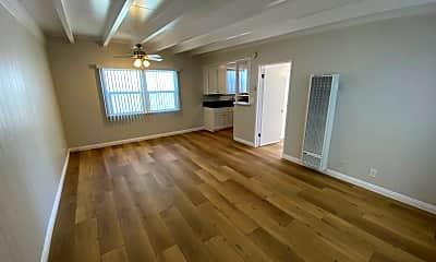 Living Room, 85 16th St, 1