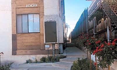 1009 Benito Ave, 0