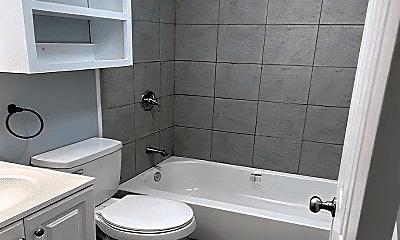 Bathroom, 346 Boling St, 2