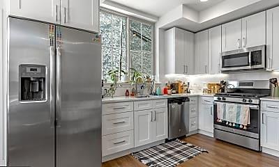 Kitchen, 1356 S Bouvier St A, 1