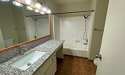 Bathroom, 3955 Faircross Pl #57, 2