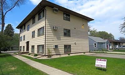 Building, 1310 11th St N, 2