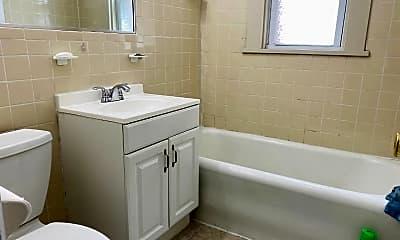 Bathroom, 20 Walters Ave 1, 2