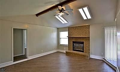 Living Room, 1709 Pemelton Dr, 1