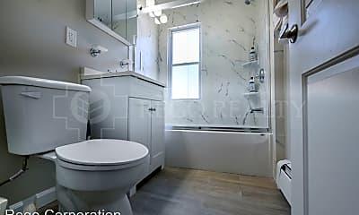 Bathroom, 16 Lincoln St, 2