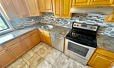 Kitchen, 82 Gavin St, 1