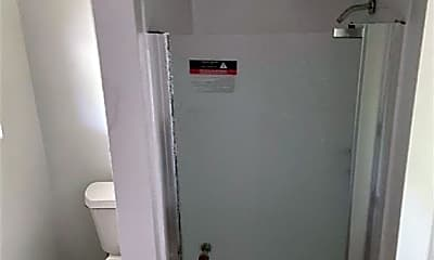 Bathroom, 10654 Heizer Dr, 2