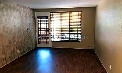 Living Room, 3011 E 17th St, 1