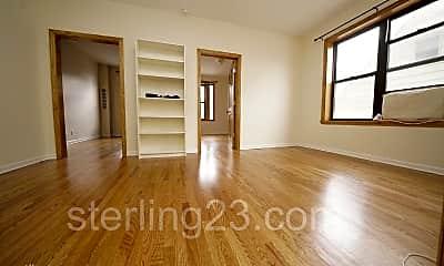 Bedroom, 31-8 38th St, 2