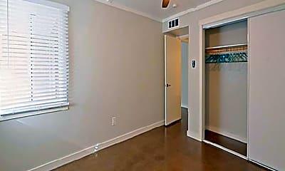 Bedroom, 320 W Pasadena Ave, 1
