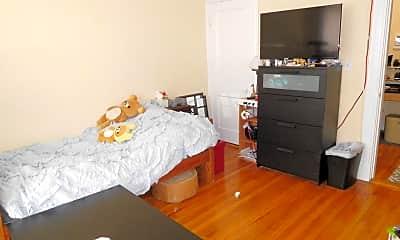 Living Room, 79 Gordon St, 1