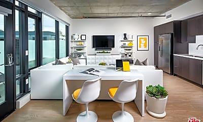 Living Room, 1101 N Main St 639, 1
