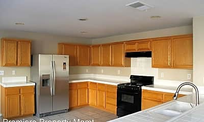 Kitchen, 336 La Purisma Way, 1