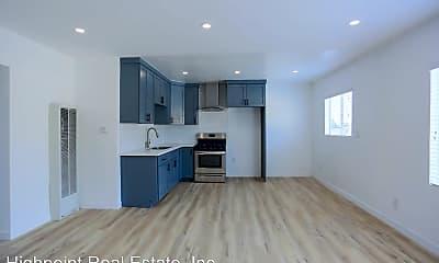 Living Room, 1551 N Avalon Blvd, 1