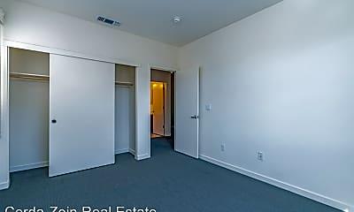 Bedroom, 2943 Glascock St, 2