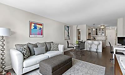 Living Room, 435 E 77th St 10E, 1