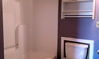 Bathroom, 910 11th St, 2