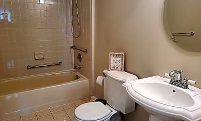 Bathroom, 1009 Breckenridge Dr, 2