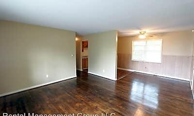 Living Room, 908 2nd St W, 1