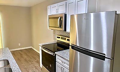 Kitchen, 6821 N 45th Ave, 1