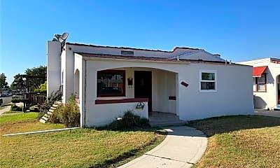Building, 601 Bradford Ave, 1