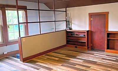 Living Room, 697 S 44th St, 1