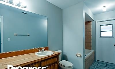 Bathroom, 4416 Ironstone Cir, 2