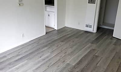 Living Room, 4122 W 2nd St, 1
