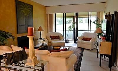 Living Room, 225 Old Meadow Way, 1