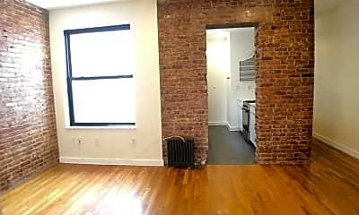 Living Room, 570 W 182nd St 5-D, 2