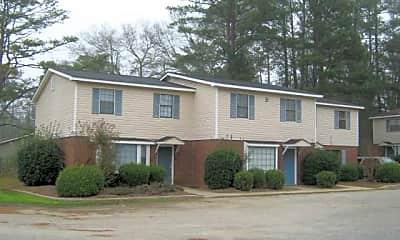 Building, 107 Knollwood Dr, 2
