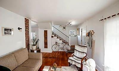 Living Room, 435 Michigan St, 2