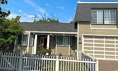 Building, 1114 Parkwood Way, 1