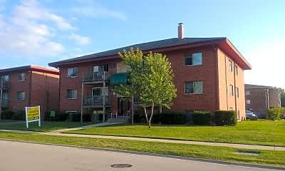 Lilac Lane Apartments, 1