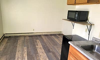 Kitchen, 395 5th Ave S, 1
