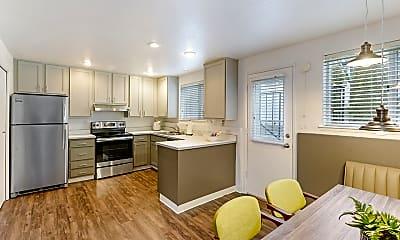 Kitchen, Evergreen Apartment Homes, 0