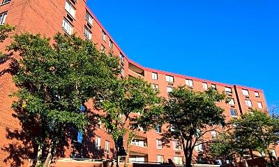 Valkommen Plaza Apartments, 0
