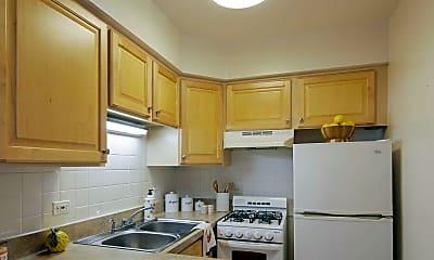 Kitchen, Madison West Apartments, 1