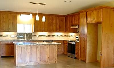 Kitchen, 110 Walnut Lane, 0