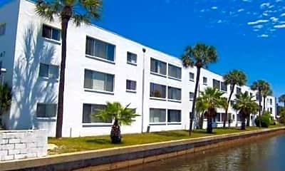 SailPointe Apartments, 2