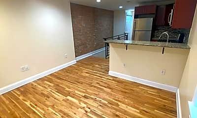 Living Room, 861 N 20th St 3, 2