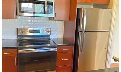 Kitchen, 811 York Street, #335, 1