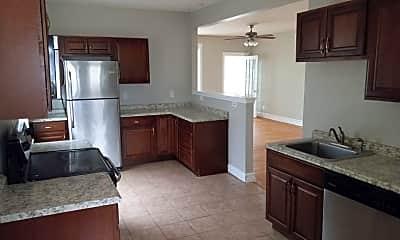 Kitchen, 5137 Waterman Blvd, 0