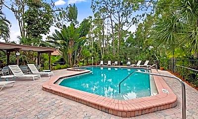 Pool, 905 Big Pine Way, 2