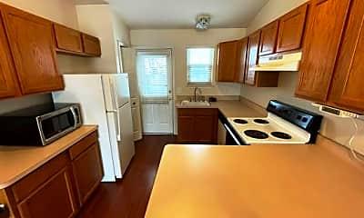 Kitchen, 22125 Glenwood Street, 1