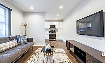 Living Room, 909 Briarcliff Rd NE, 1